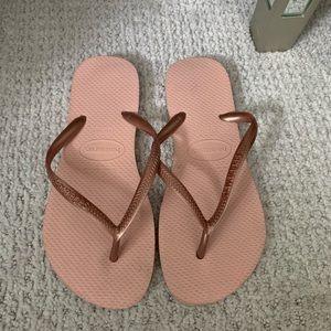 Pink havianas flip flops